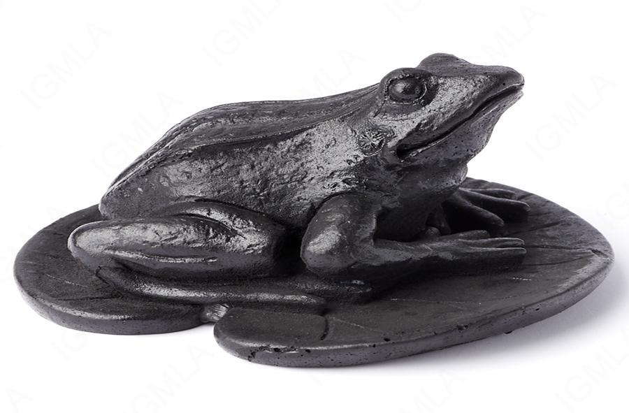 Shungite Frog on the Leaf Carving