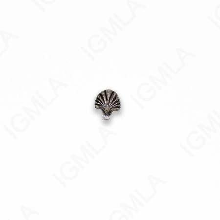 Small Zinc Alloy Antique Silver Shell Charm